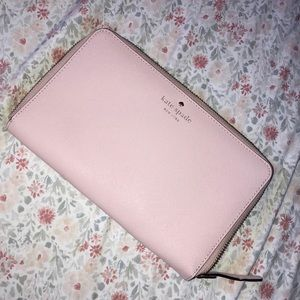 Kate Spade Travel Wallet